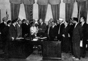 Eisenhower_Said-Ramadan_23septembre1953.jpg